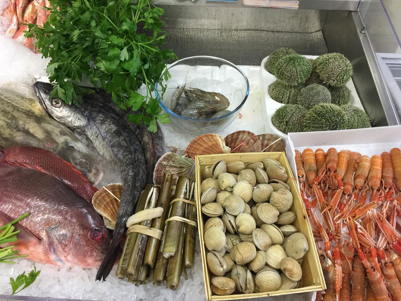 Eddie's Seafood Market & Fishmongers, Marchmont, Edinburgh Scotland UK |